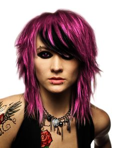 Think I could pull this look off?...maybe with a little different color...