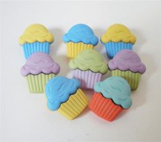 Cupcake Buttons by Buttons Galore by PiecefulDesign on Etsy, $2.29