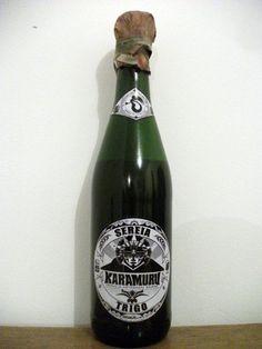 Cerveja KaraMuru Sereia Trigo, estilo German Weizen, produzida por Karamuru, Brasil. 5.5% ABV de álcool.