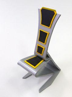 Stolička - koncepčná štúdia, plast