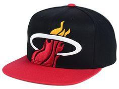 reputable site 02716 77900 Miami Heat Mitchell and Ness NBA Cropped XL Logo Snapback Cap Miami Heat  Logo, Flat