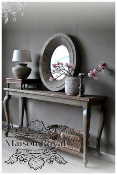 Dark walls and rustic feel Gray Interior, Home Interior Design, Interior Decorating, Estilo Interior, Sober Living, Home And Living, Flur Design, Style Deco, Home And Deco
