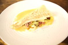 This extravagant turbot dish from Galton Blackiston uses a whole bottle of Champagne to create a truly indulgent meal. Perfect for celebrations! James Martin, Ketosis Diet, Frozen Fruit, Fish Dishes, Fish And Seafood, Seafood Recipes, Roast, Lemon, Meals