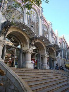 Mercado Central de Valencia. El Mercado Central es posiblemente el más bello ejemplo de arquitectura modernista de la ciudad de Valencia