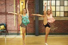 Michelle and Chloe Season Disney Channel, Le Studio Next Step, Step Tv, Amanda, Chloe, Family Channel, Female Dancers, Disney Shows, The Next Step