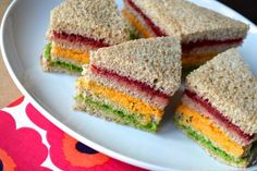 Every picnic needs a splash of colour and nothing could be better than our rainbow sarnies. Packed full of veggies to help your little explorer learn to love good food! Kids Picnic Foods, Picnic Food List, Healthy Picnic Foods, Picnic Snacks, Vegetarian Picnic, Picnic Dinner, Picnic Ideas, Picnic Time, Party Food Wraps