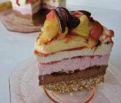Raw Banana Split Cake | Fragrant Vanilla Cake