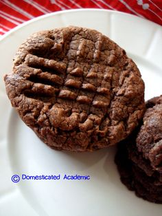 Three Ingredient Nutella Cookies | Domesticated Academic