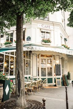 Le Marais, Paris, France via Sunday Chapter