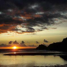 Coucher de soleil.  Plage du Donnant. Belle Île.  #coucherdesoleil #belleile #passezalouest #bretagne #morbihan