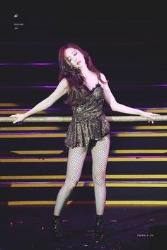 Jessica Is Such A 'Dangerous Woman'! Korean Beauty Girls, Krystal Jung, Jessica Jung, Dangerous Woman, Girls Generation, South Korean Girls, Snsd, Yoona, Kpop Girls