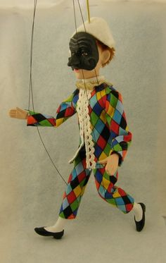 marionette Commedia dell'arte Harlequin Arlecchino by AMCreatures on Etsy https://www.etsy.com/ca/listing/37160332/marionette-commedia-dellarte-harlequin