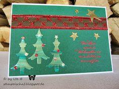 Weihnachtskarte im Tannenwald