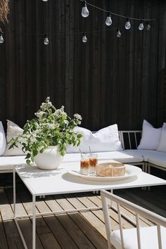 Outdoor Life, Outdoor Spaces, Outdoor Living, Outdoor Decor, Simple Interior, Interior And Exterior, Home Decor Inspiration, Garden Inspiration, Garden Privacy