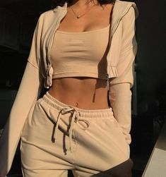 Women long-sleeved play suit leisure two-piece suit for sports, Spring Outfits, Women long-sleeved play suit leisure two-piece suit for sports. Chill Outfits, Cute Casual Outfits, Mode Outfits, Spring Outfits, Fashion Outfits, Fashion Trends, Outfit Summer, Fashion Ideas, Fashion Clothes