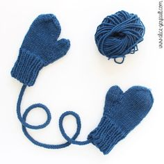 Mittens to knit for young children by alice gerfault Alice, Denim And Co, Tricot Baby, Bonnet Crochet, Baby Accessoires, Baby Mittens, Get Baby, Knitting For Kids, Knitting Patterns Free