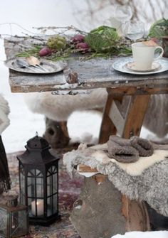 Love the fur on the seats - wrap up warm ladies and gentlemen we are eating outside!