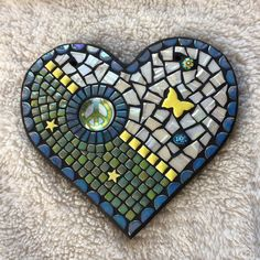 Will soon be available in my Etsy shop. #mosaicheart #anothermosaic #mosaicmadness #mosaicpeace #mosaicwallart #mosaicvalentine