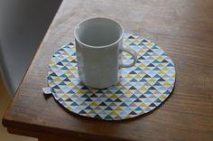 Prostírka malá - barevné trojúhelníčky - Prostírky - JANA GREŠÁKOVÁ E-SHOP