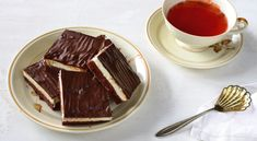 misa-rezy Chocolate Fondue, Sweet, Desserts, Food, Apple Tea Cake, Yummy Food, Candy, Tailgate Desserts, Deserts