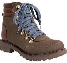 waterproof hiking boots women - Google Search Women's Hiking Clothing - http://amzn.to/2hJYguZ