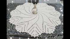 Crochet Tablecloth, Crochet Doilies, Crochet Hats, Crochet Rug Patterns, Crochet Mandala, Diy And Crafts, Knitting, Youtube, Round Tablecloth