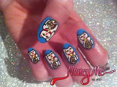Fortune kitty, Maneki-neko fingernails. All is too much for me, but I would  do this cute look on one nail.