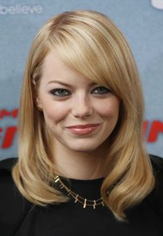 Get hairstyle inspiration with this gallery of 20 round-faced celebrities such as Mila Kunis and Charlize Theron. Find out why their hairstyles work.: Emma Stone