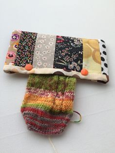 Double Pointed Knitting Needle Holder Patchwork 6 inch by LowlandOriginals on Etsy Double Pointed Knitting Needles, Ravelry, Pouch, Fabric, Projects, How To Make, Handmade, Etsy, Scrappy Quilts