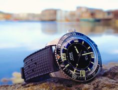 """Oris Divers Sixty-Five Topper Edition Watch Review - by Zach Pina - More on this diver up now at: aBlogtoWatch.com """"Right around the turn of 2015 when it seemed liked the watch industry as a whole was scouring its archives for inspiration and loading up on faux gilt and beige Super-LumiNova paints, Oris was already priming the Divers Sixty-Five – an obscure reference from the height of the Sixties, resurrected for what would soon become the year's runaway hit..."""""""