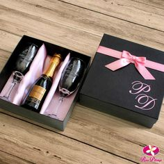 Favors 2020 – The Best Favors Ideas Are Here Wedding Gifts For Bridesmaids, Bridesmaid Proposal, Wedding Favors For Principal Sponsors, Best Friend Gifts, Gifts For Friends, Principal Gifts, Alcohol Gifts, Teenage Girl Gifts, Client Gifts