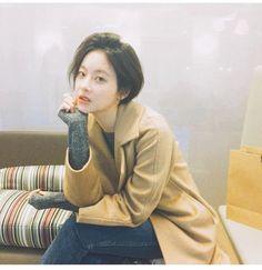 Oh Yeon Seo Haircut Hairstyle That Gets Divided Opinions Ga In Go Junhee Goo Hye