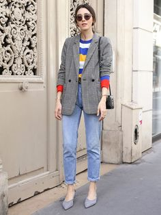 Street Style BLUE JEANS+STRIPED MULTI COLOURED SWEATER+GREY CHECKED BLAZER+CHECKED SHOES
