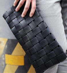 woven leather clutch//