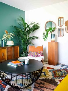 As the social facility of the home, the living room plays numerous duties. The sofa and floor covering ought to play a major role in the selection of living room paint colors. Living Room Decor Colors, Colourful Living Room, Living Room Paint, Room Colors, Living Room Interior, Living Room Designs, Paint Colors, Living Rooms, Bold Living Room