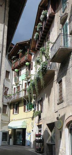 Bagolino tutto addobbato Per le quinquennali festa della Madonna di San Luca  settembre 2016