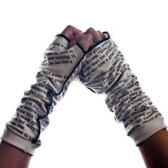 literary gloves! Want me some Sherlock Holmes and Pride and Prejudice!