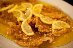 Add zest to your family dinner by serving a delicious bowl or tray of pork cutlets in lemon sauce. The juxtaposition of sweet and tangy flavors are definitely gonna impress your lunch or dinner guests. Pork Recipes, Lunch Recipes, Asian Recipes, Cooking Recipes, Chinese Recipes, Meal Recipes, Dinner Recipes, Pork Dishes, Seafood Dishes