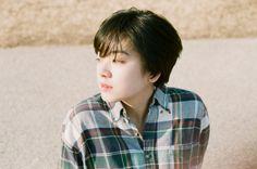Ulzzang Tomboy, Lee Joo Young Hair, Ulzzang Short Hair, Tomboy Hairstyles, Mane Event, Cute Korean Boys, Girl Short Hair, Korean Drama, Cute Girls