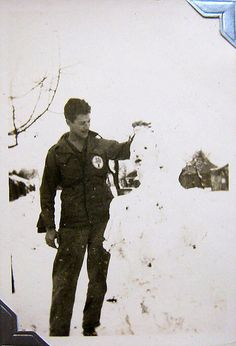 World War Two, United States Army Air Force (U.S.A.A.F.), 5th Photo Reconnaissance Group, 4th Photo Squadron, Cpl. Donald Krasno (Photo Lab Tech), Italy, Winter, 1944