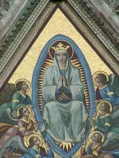 Maria nella mandorla - particolare by Paolo C., via Flickr