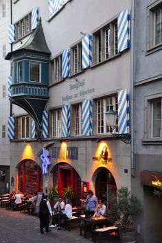 Zunfthaus zur Schneidern Require an exceptionally place to stay in Zurich Switzerland ? http://www.imsonnenbuehl.com/en/ Have a look at our Guest House and condo.