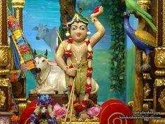 http://harekrishnawallpapers.com/sri-gopal-iskcon-chowpatty-wallpaper-027/