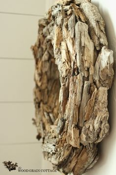 TUTORIAL: Driftwood Wreath by The Wood Grain Cottage
