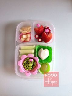 Hello Kitty Love #bento in an #easylunchboxes container. #foodforharper