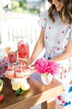 Party Time: Molly My's Guide to Summer Entertaining Summer Garden, Summer Fun, Outdoor Dinner Parties, Garden Parties, Backyard Bbq, Party Activities, Shower Party, Bridal Shower, Perfect Party