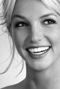 Britney photographed by Herb Ritts, 2001 #BritneySpears #photo #smile #2001…