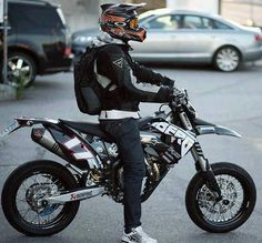1000 images about motard on pinterest ktm supermoto. Black Bedroom Furniture Sets. Home Design Ideas