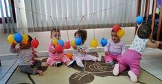 14 Atividades Estimulação Motora – Berçário – Descomplica Ensina Toddler Learning Activities, Montessori Activities, Infant Activities, Baby Sensory Play, Baby Play, Infant Curriculum, Baby Lernen, Baby Development, Baby Games