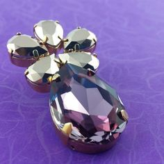 Purple Flower Drops Earrings - All Crystals from Swarovski® - Gold-plated Elements